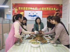 学生工作部举办校领导与辅导员午餐会